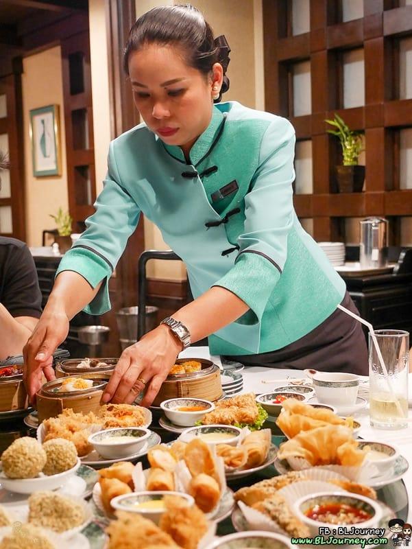 b&L family, Bangkok,Bella, Bljourney, BUFFET,Family, pantip, Review , SEAFOOD ,The Journey of B&L Family, Travel, กระเตงลูกเที่ยว , กินอะไรดี ,ก้นครัว, ครอบครัว,ครอบครัวสุขสันต์, บุฟเฟ่ต์ ,พันทิป ,พันทิพ ,พาลูกเที่ยว ,มื้อพิเศษ, รีวิวร้านอาหาร, หม่าม้าเล้ง ,ห้ามพลาด ,อร่อย , เบลล่า ,เลี้ยงลูกนอกบ้าน, แม่และเด็ก , pantip , kitchen , บุฟเฟต์ติ่มซำ , ลาดพร้าว , ห้องอาหารจีนไดนาสตี้ , ห้องอาหารจีน , ไดนาสตี้ , เซ็นทาราแกรนด์ , เซ็นทรัลพลาซา , ลาดพร้าว , ติ่มซำ ,เผือกทอดไส้หอยเชลล์ , ของอร่อย , อาหารจีน , บุฟเฟ่ต์ , ติ่มซำ , ขนมจีบ , ฮะเก๋า , ห้าดาว , ติ่มซำที่ไหนดี , ติ่มซำอร่อย , ร้านอร่อยกรุงเทพ , เซ็นทรัลลาดพร้าว , พายหมูแดง , dynasty , central ladprao , centara grand , buffet, dimsum , refill , all you can eat , ไม่อั้น , กุ้ง , ก๋วยเตี๋ยวหลอด , บรรยากาศดี